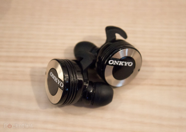Onkyo W800BT hands-on: True wireless earbuds at last