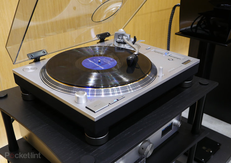 Technics SL-1200GAE turntable in pictures: Classic design, stunning quality