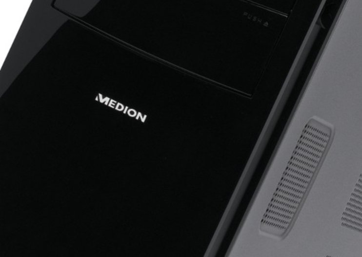 Medion Akoya P7300D desktop PC