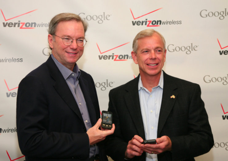 Verizon to offer Android; CEOs leak new phones