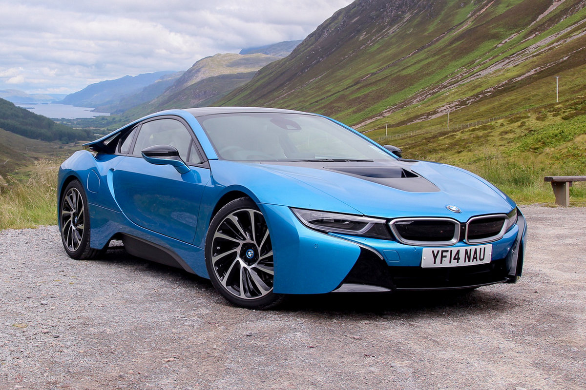 Bmw I8 Driving The Supercar Of The Future