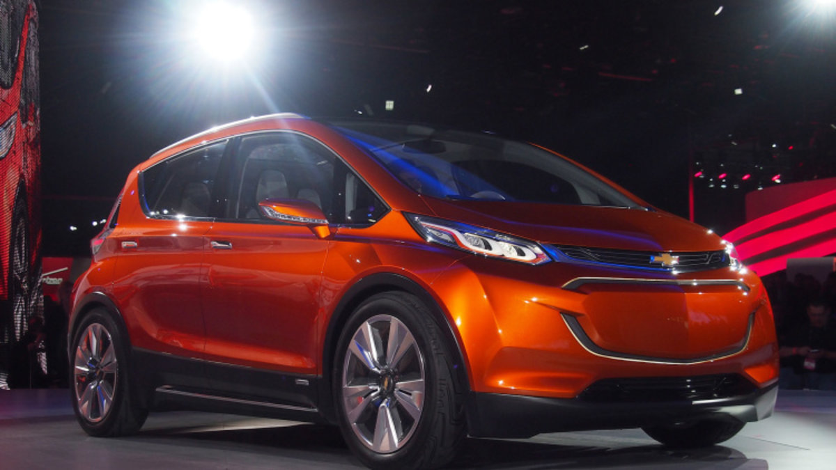 Chevrolet Bolt Electric Car Concept Unveiled With 200 Mile Range