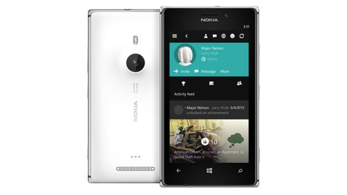 What does the latest Windows 10 phone build offer and how do I