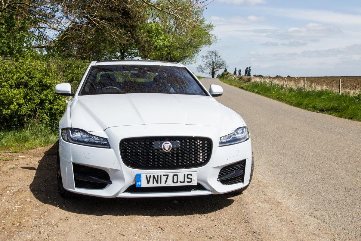 jaguar xf (2018): sumptuous luxury, now with new engines - pocket-lint