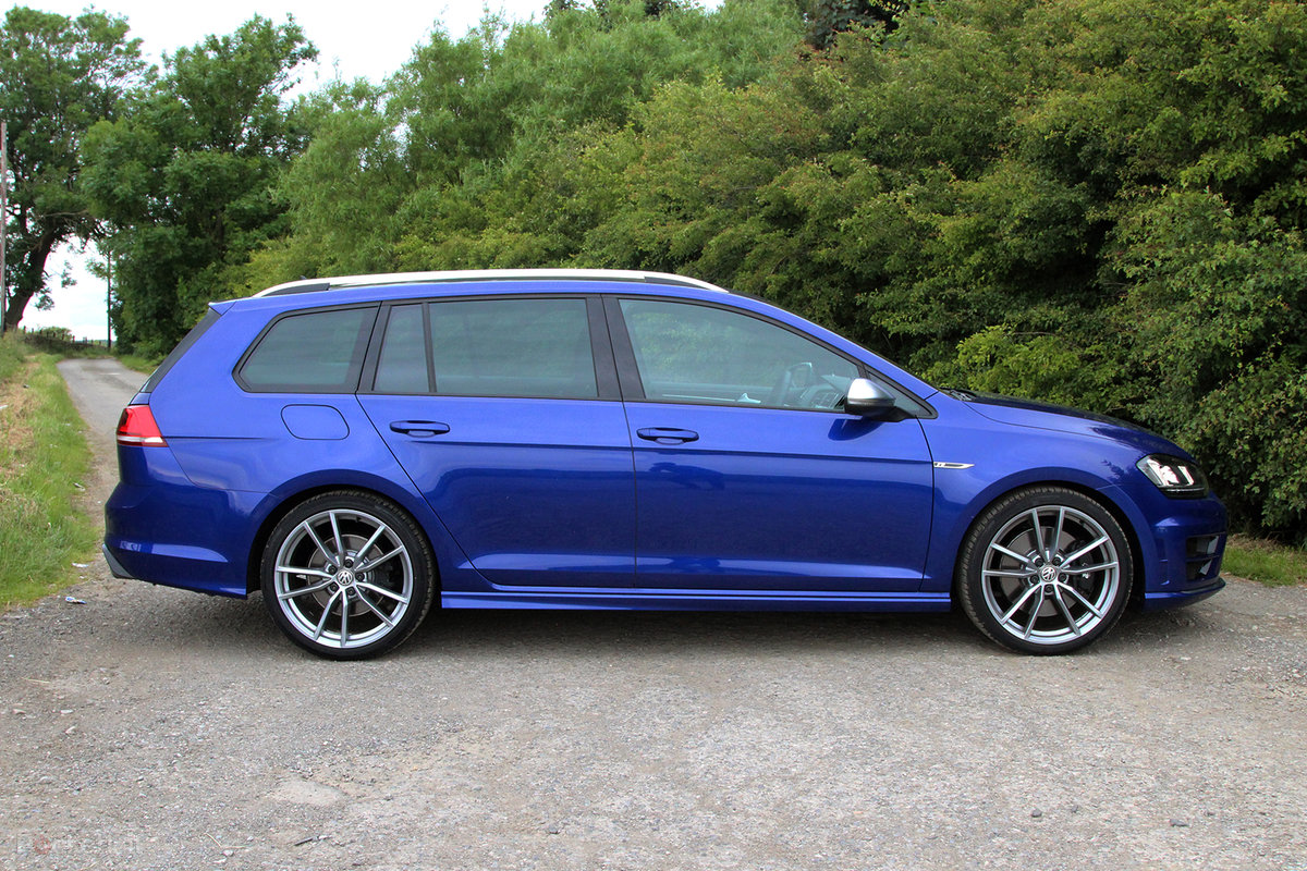 Volkswagen Golf R Estate Review The Ultimate Fast All Weather