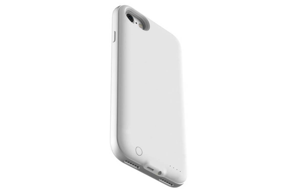 watch faa3e c0064 This new iPhone 7 battery case has a built-in 3.5mm headphone j