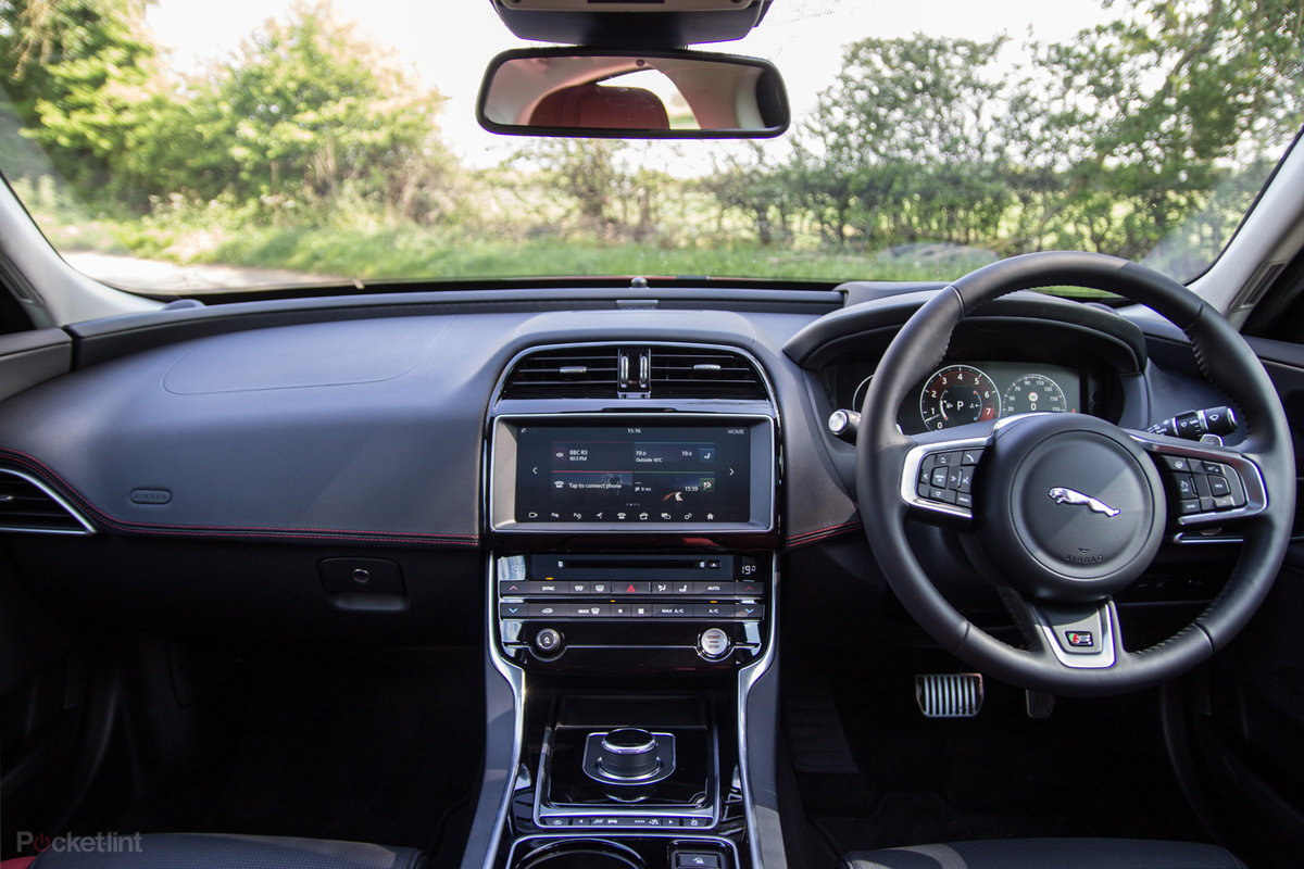 Jaguar Incontrol Explored A Deep Dive Into Jaguars Infotainment 3 Way Switch For System Pocket Lint