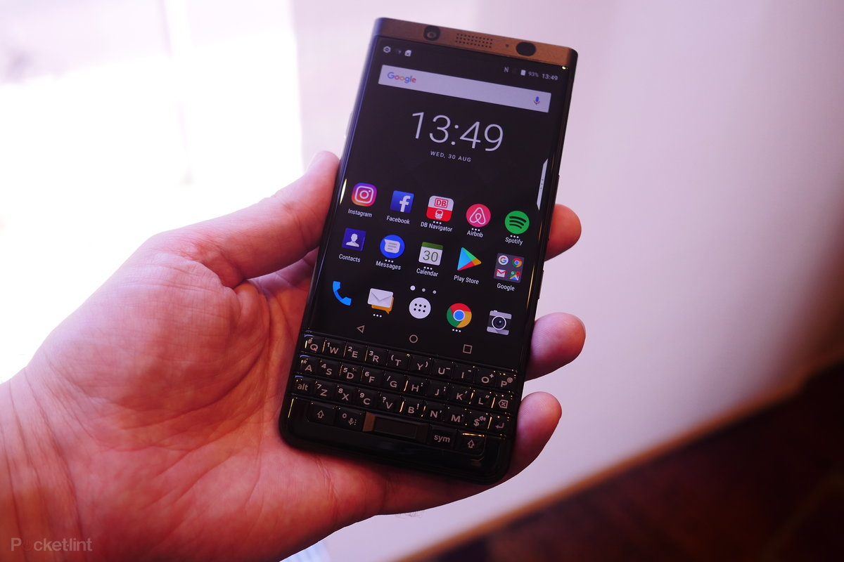 Blackberry Keyone Black Edition Hands On With The Stealthy Upgrade Pocket Lint