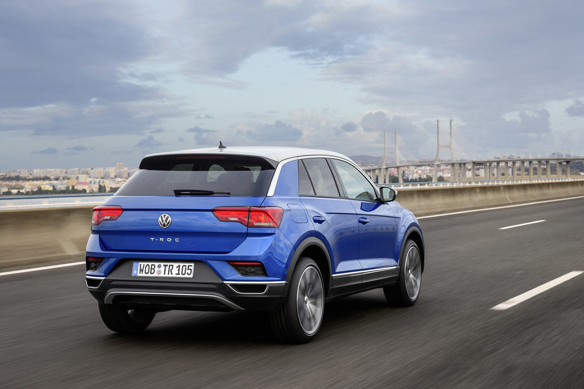 VW Golf SUV Comes As The 2018 VW T-Roc >> Volkswagen T Roc Review Solid As A Rock