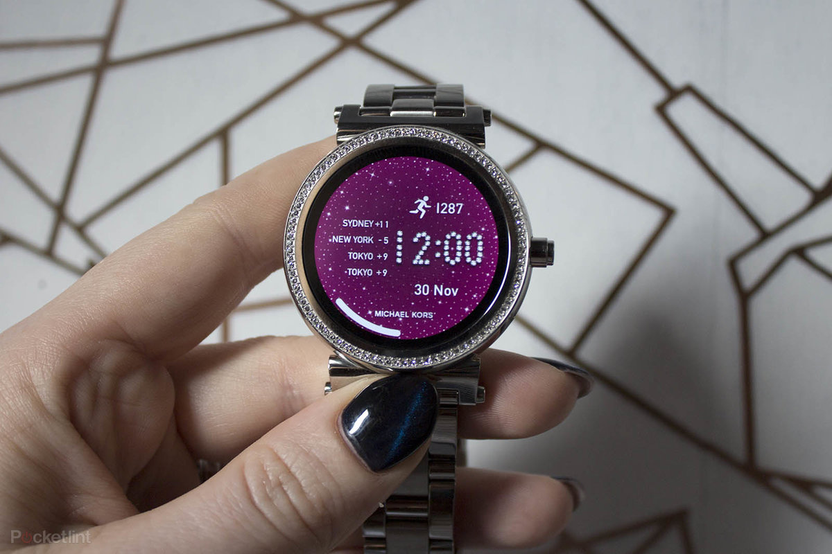 Michael Kors Access Sofie Review Stunning Smartwatch With Seri