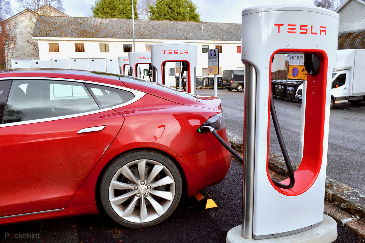 Tesla Model S 100d Review London To Scotland And Back In The R