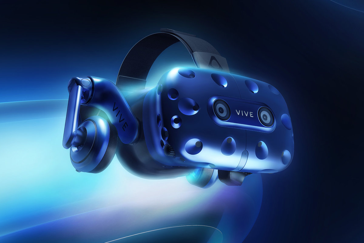 HTC Vive Pro revealed at CES 2018, higher resolution and integrated headphones