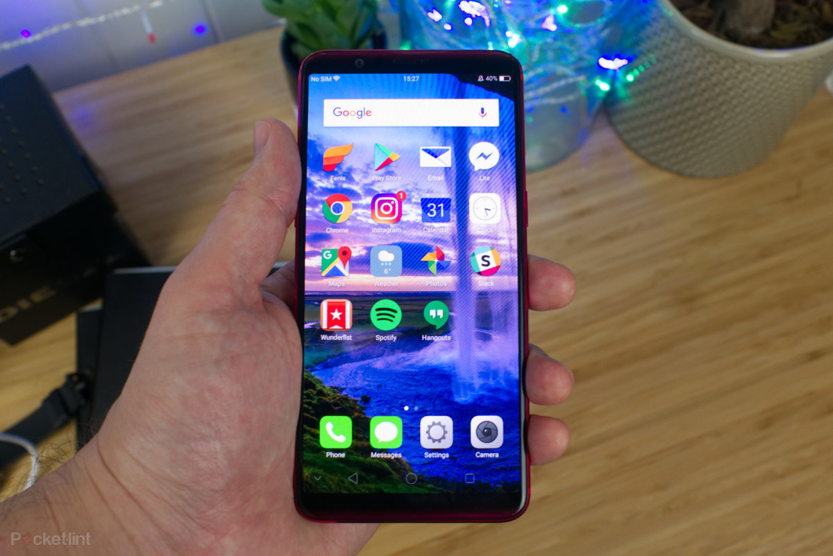 Oppo R11s review: Super screen, except for one major flaw    -