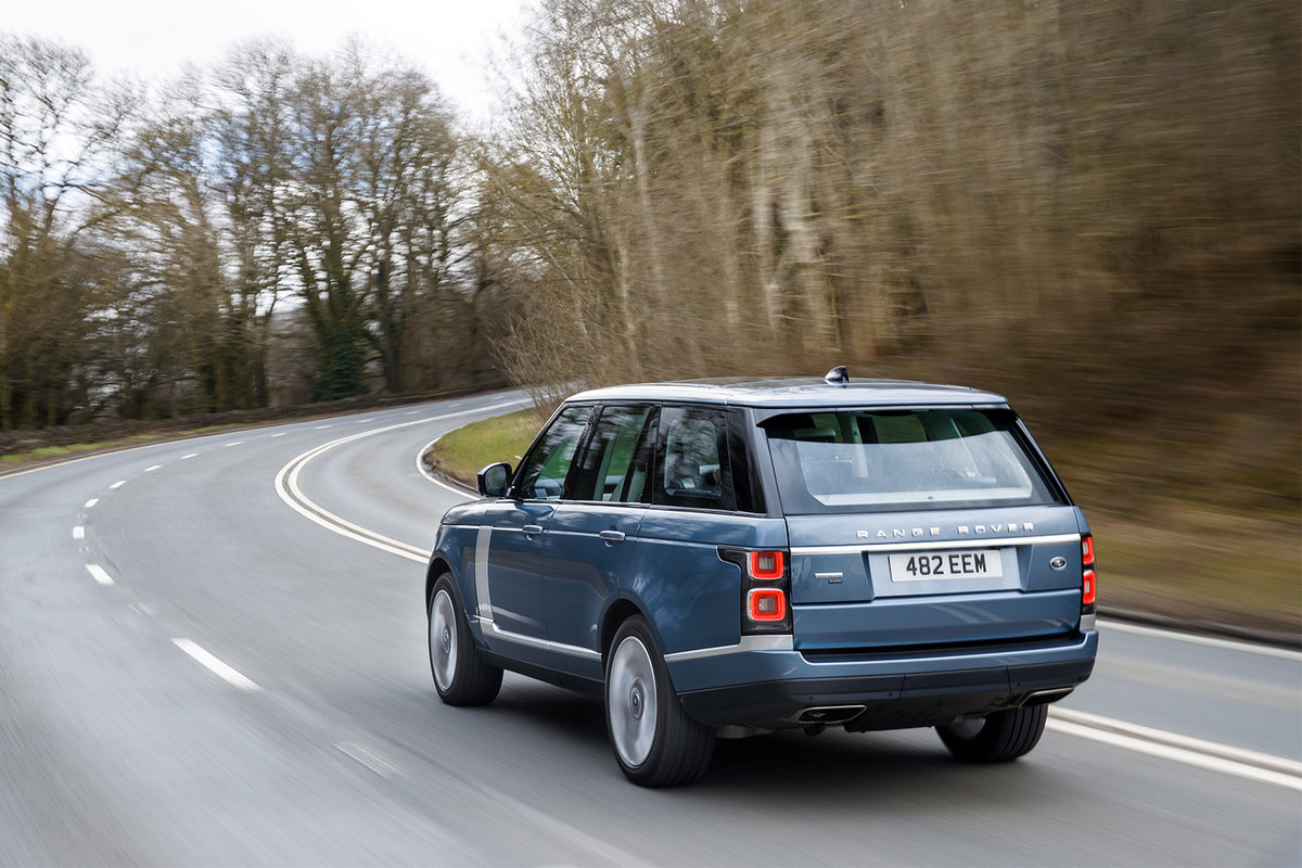 Range Rover P400e review: Is this plug-in hybrid the best 4x4 b