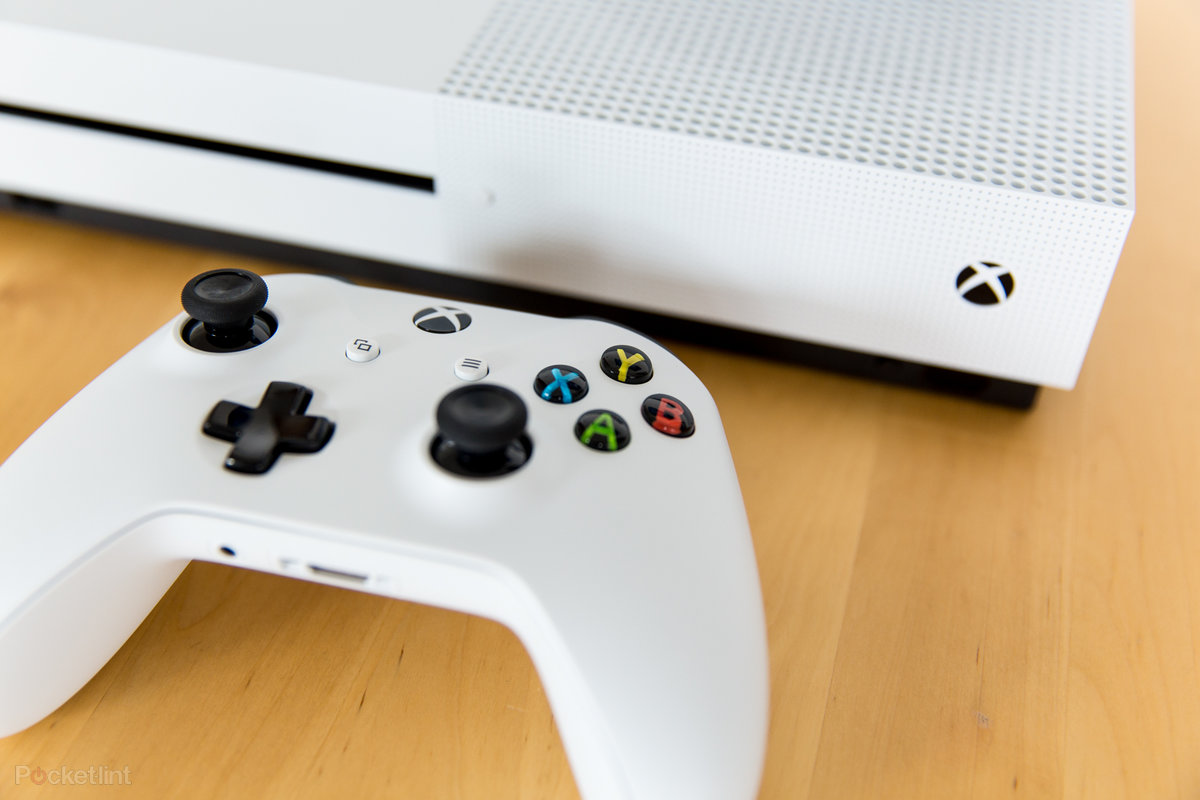 Get an Xbox One S free with Samsung Galaxy A8 or S8 on Virgin Mobile