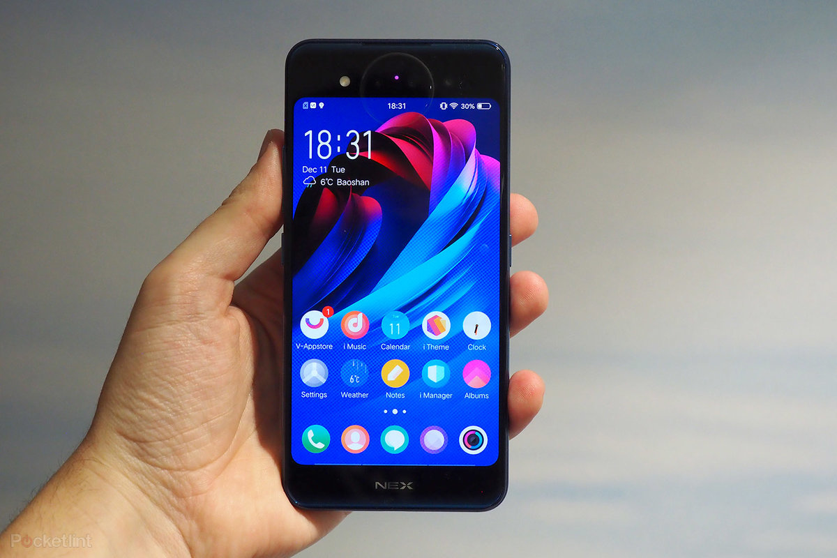 Vivo NEX Dual Display review: Double fun or double trouble?