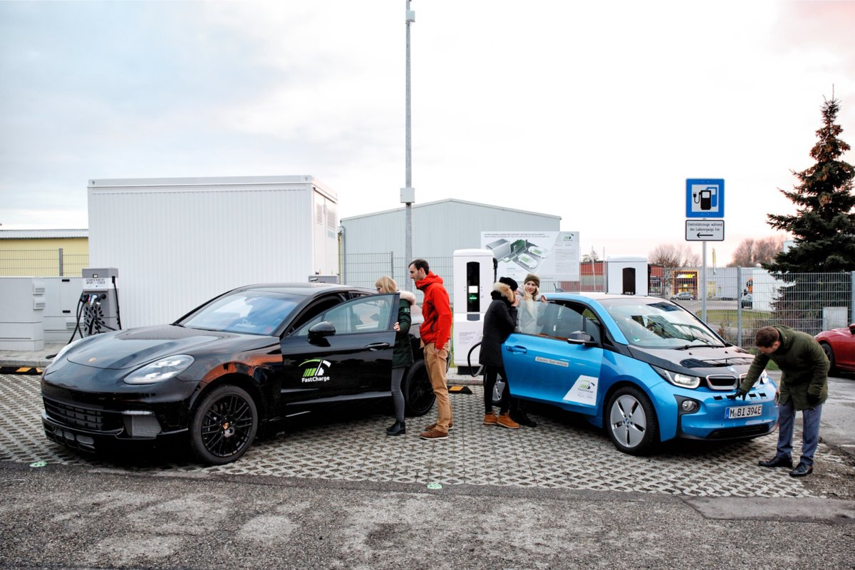 bmw fastcharge recharges your car battery in just 15 minutes
