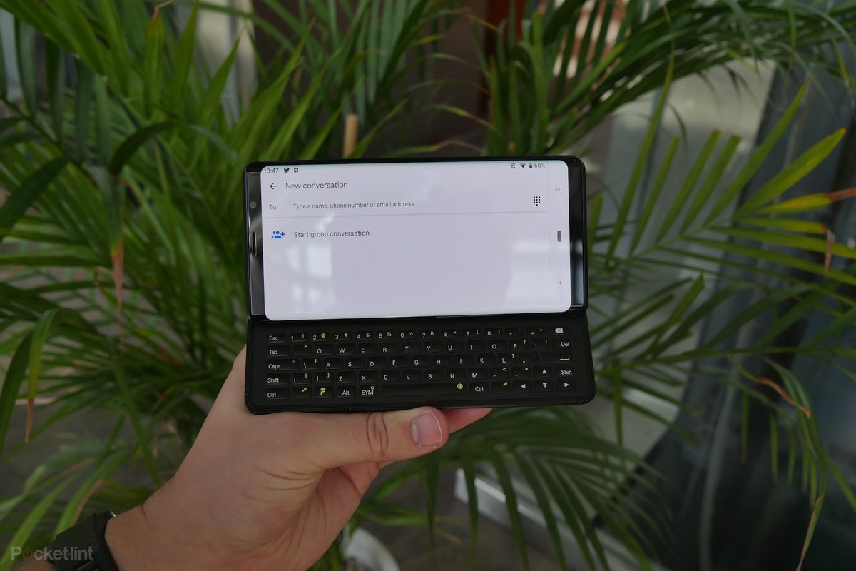 F(x)tec Pro1 initial review: Bringing back the QWERTY Android glory days