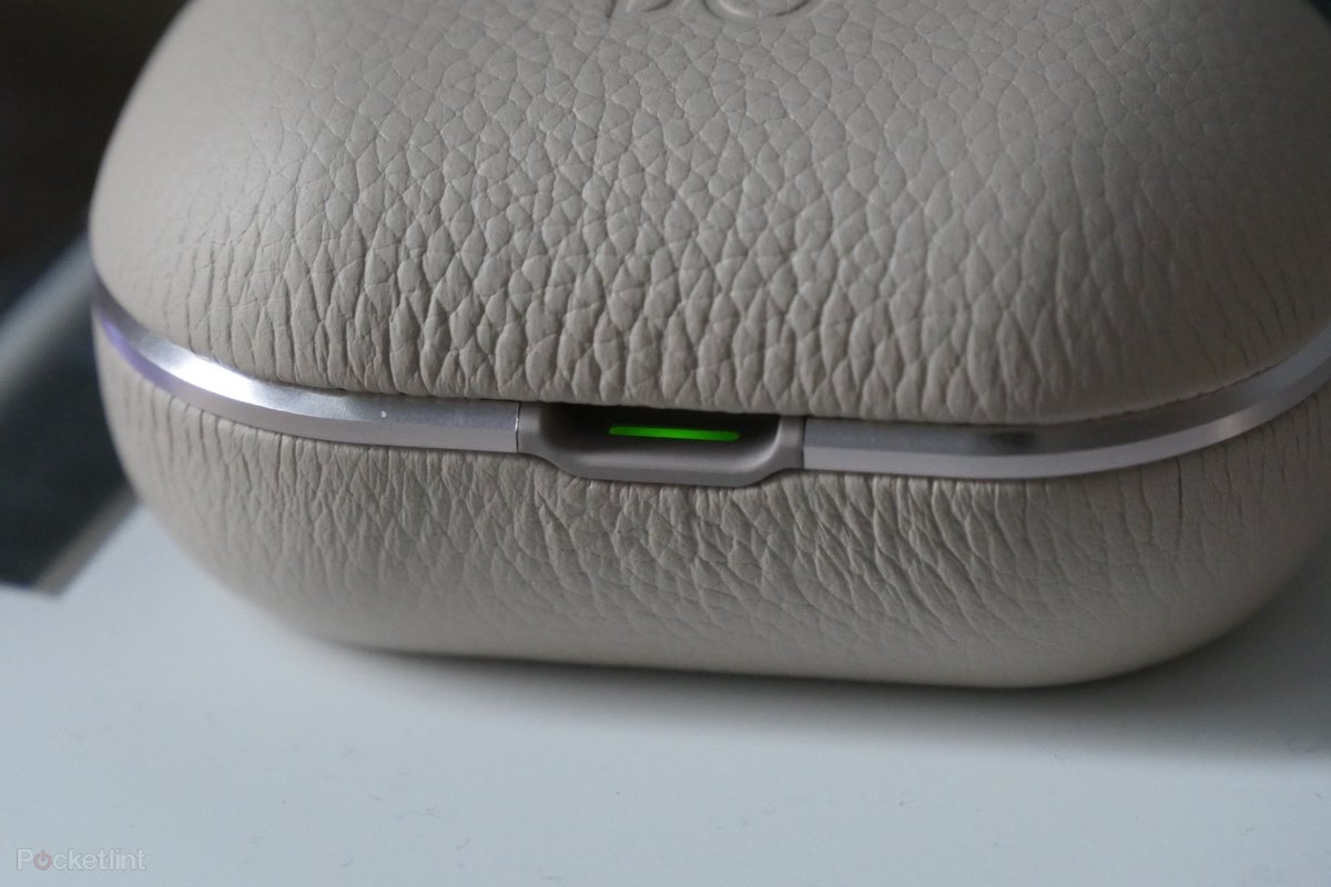 B&O BeoPlay E8 2 0 review: Champion sound - Pocket-lint