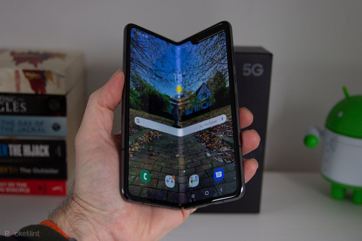 Second Samsung Galaxy Fold will be cheaper, and possibly a flip