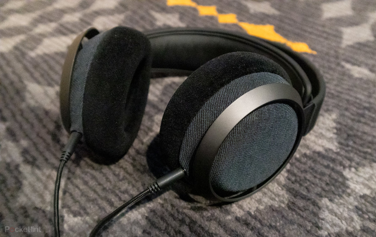 Philips Fidelio X3 initial review: Premium audiophile brand is back with top-end headphones