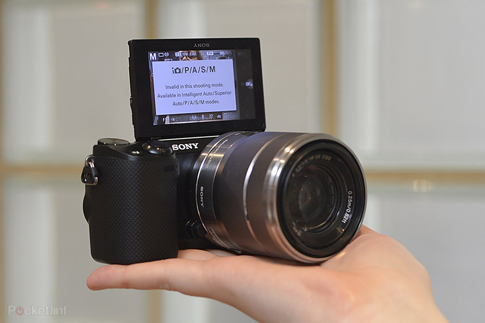 sony nex 5r pictures and hands on. Black Bedroom Furniture Sets. Home Design Ideas
