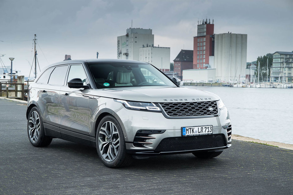 range rover velar review a titan of tech and a lesson in suv styling pocket lint. Black Bedroom Furniture Sets. Home Design Ideas