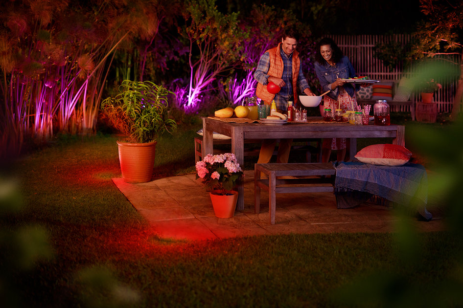 Philips hue outdoor lighting range planned for this summer pocket lint