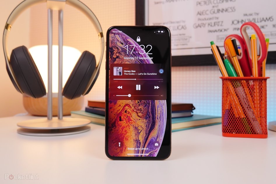 b89d759d177 Apple iPhone XS Max review: It's all about the display - Pocket-lint