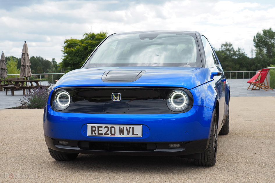 Honda e review: Small car is an electric star