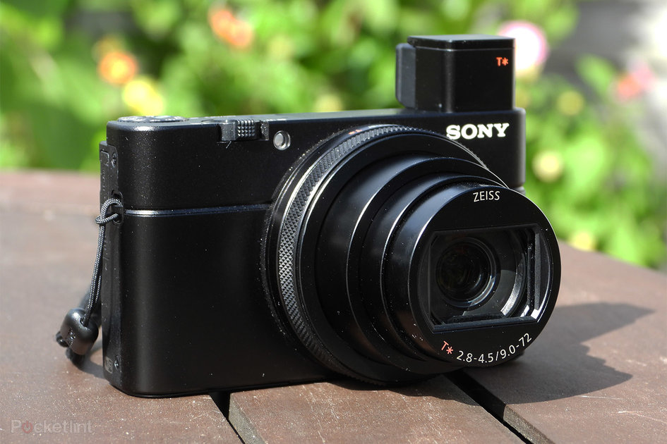Sony RX100 VI compact camera just £699 today
