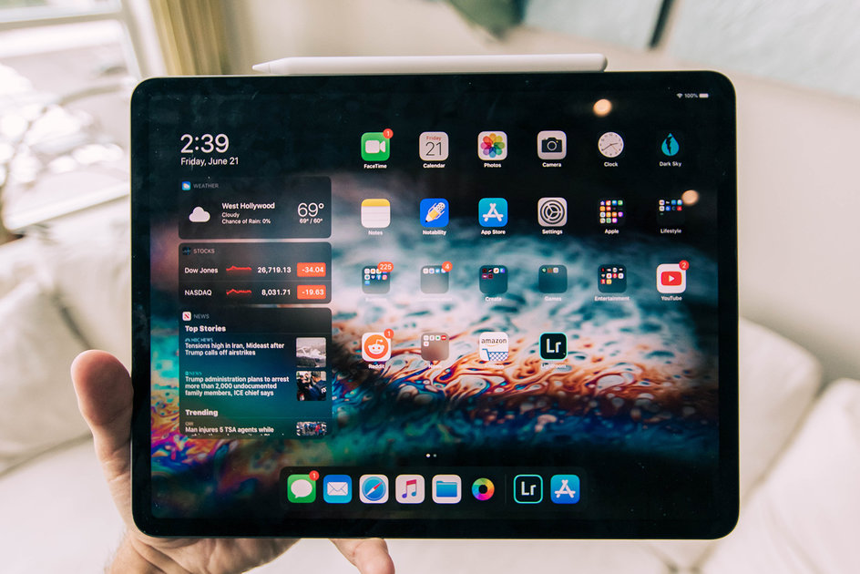 The way to take screenshots and display screen document on iPhone and iPad