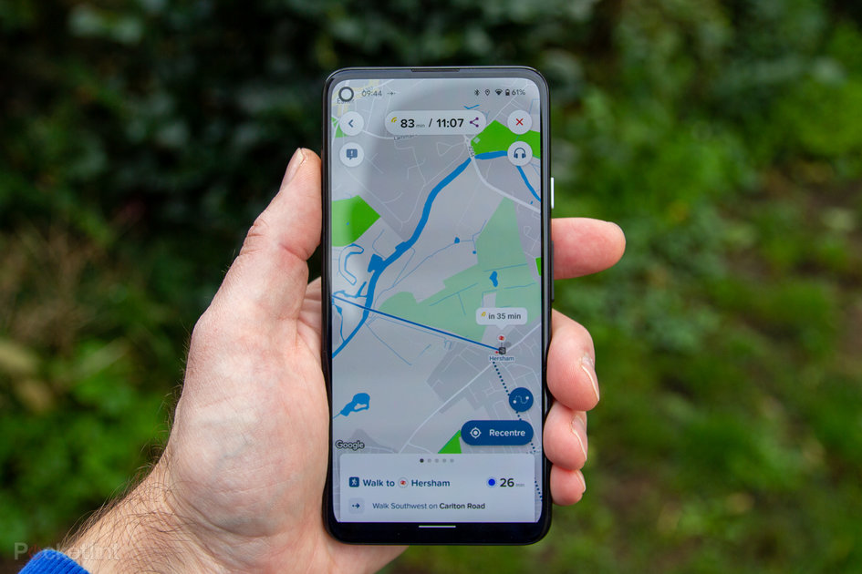 Citymapper voice instructions let you navigate with your phone in your pocket