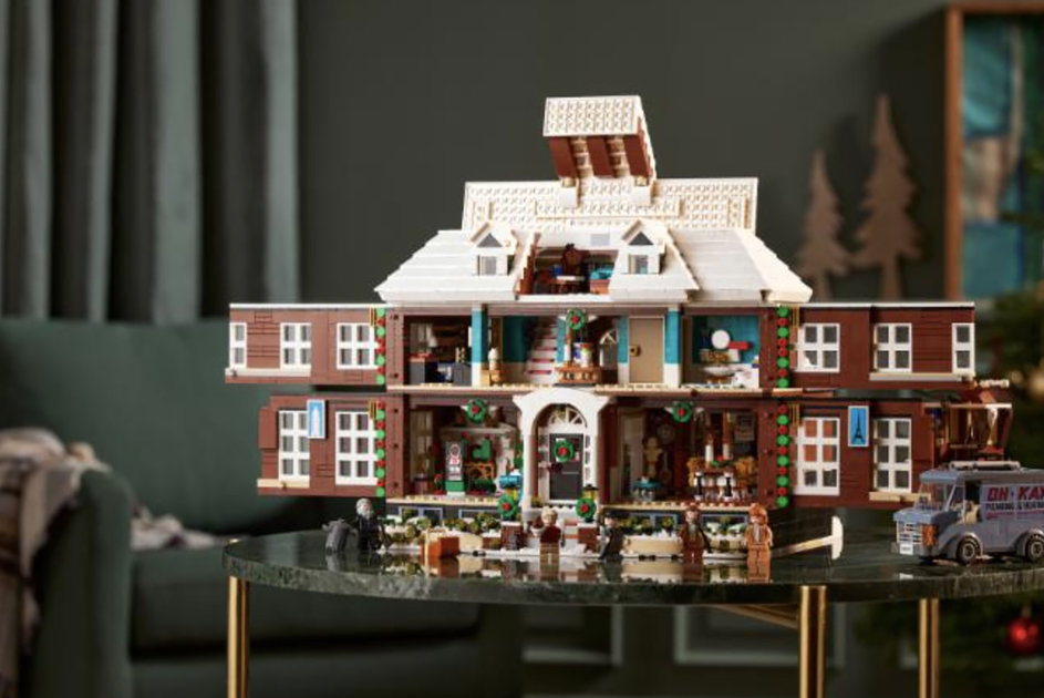 Lego recreated the McCallister house in a 4,000-piece Home Alone set