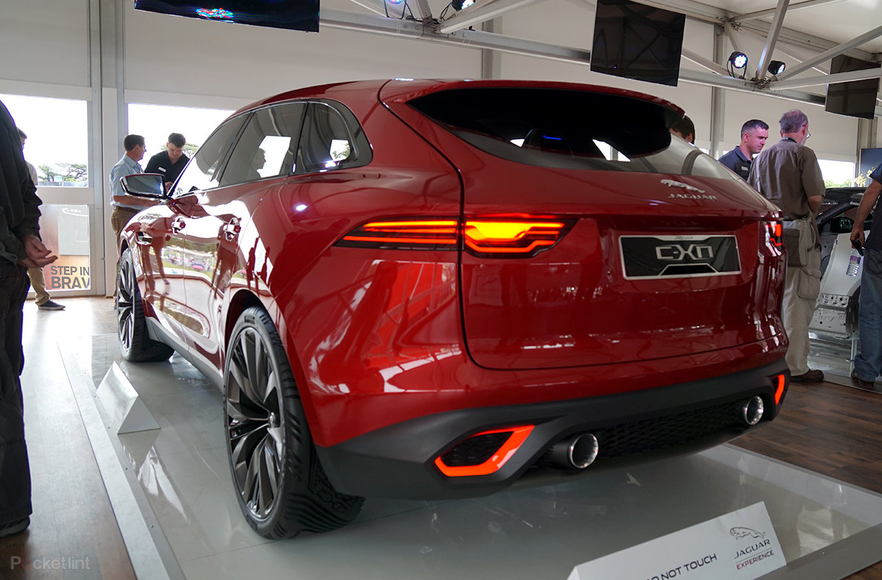 gallery jaguar c x17 in pictures jag 39 s 4x4 crossover concept shows face at goodwood festival. Black Bedroom Furniture Sets. Home Design Ideas