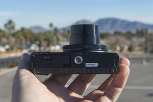 Olympus Stylus XZ-10 review - photo 4