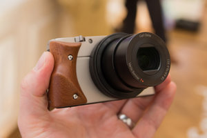 Hasselblad Stellar pictures and hands-on - photo 1