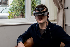 Sony HMZ-T3W personal 3D viewer review - photo 1