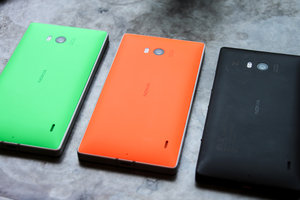 These are the only final build Nokia Lumia 930 Windows Phone 8.1 handsets in the UK - photo 2