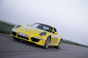Porsche 911 Targa 4 review: A modernised blast from the past - photo 1