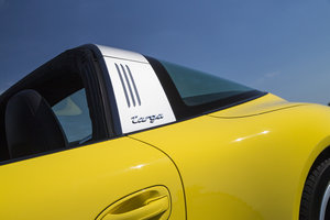 Porsche 911 Targa 4 review: A modernised blast from the past - photo 12