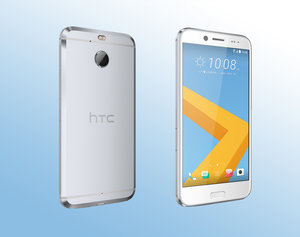the latest 9f2c3 77e54 HTC 10 Evo is metal and waterproof, but may have a dicky ticker
