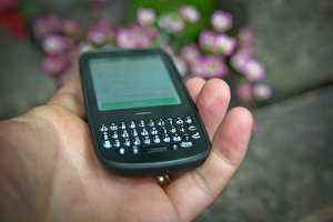 Palm Pixi Plus review - photo 3