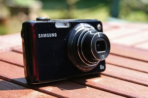 Samsung PL150   review - photo 1