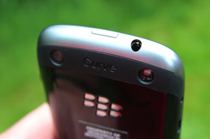BlackBerry Curve 9320 review - photo 6