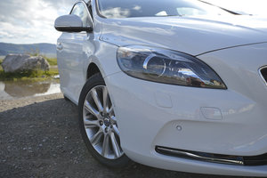 Volvo V40 review - photo 3