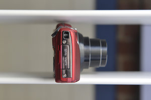 Fujifilm FinePix F800EXR review - photo 5