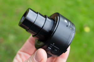 Sony QX10 review
