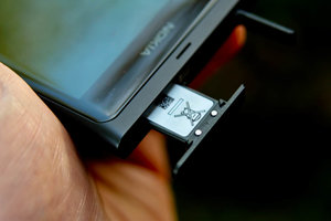 micro sim card slot on Nokia lumia 800
