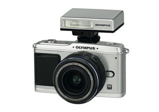 Countdown to Christmas: Buy an Olympus Pen E-P1 get flash free